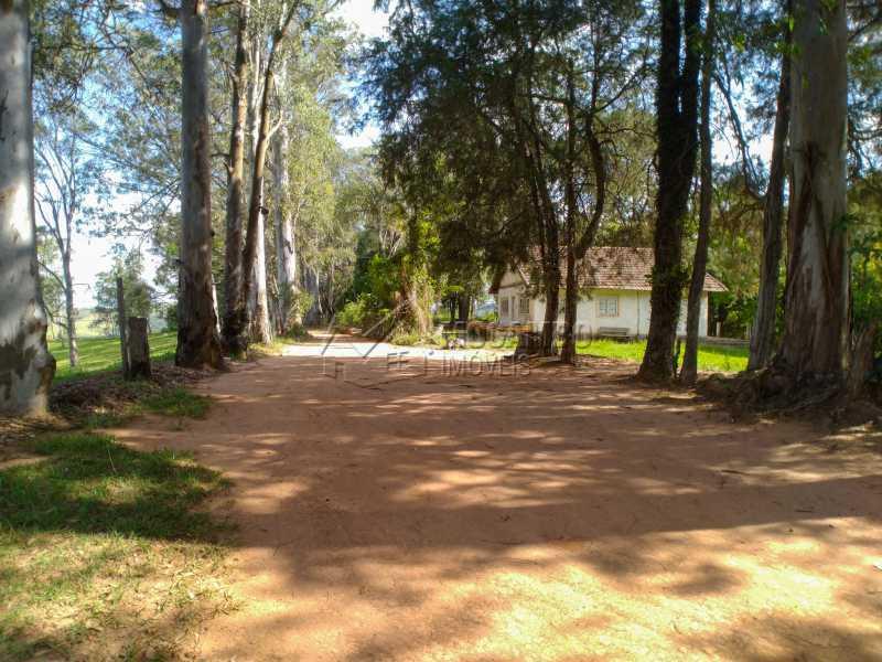 Quintal sede - Sítio 145200m² à venda Itatiba,SP - R$ 1.900.000 - FCSI20013 - 27