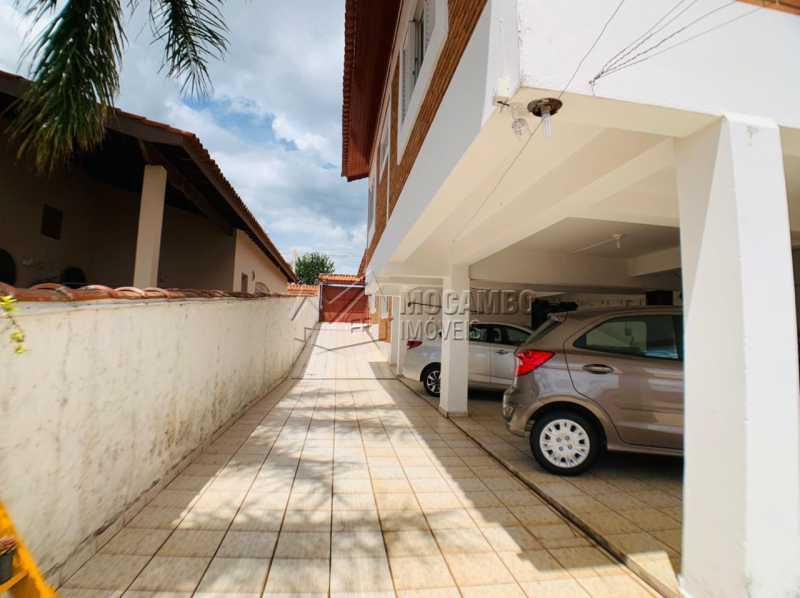 Acesso para carros  - Casa 3 quartos à venda Itatiba,SP Nova Itatiba - R$ 680.000 - FCCA31431 - 22