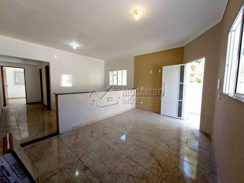 Sala - Casa 2 quartos à venda Itatiba,SP - R$ 300.000 - FCCA21442 - 4