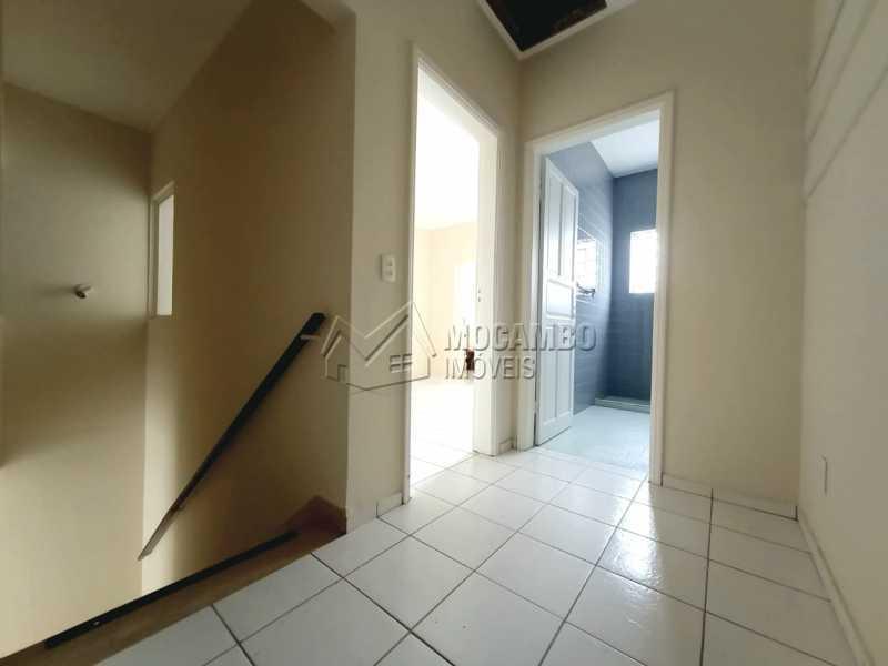 HALL DE ACESSO AOS QUARTOS - Casa Comercial para alugar Itatiba,SP Centro - R$ 2.000 - FCCC30018 - 11