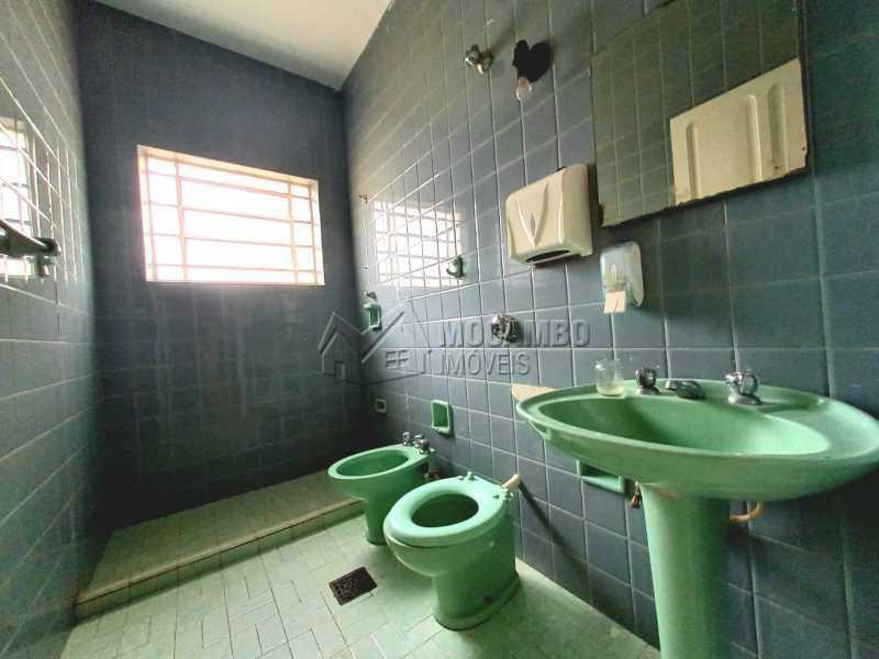 BANHEIRO SOCIAL - Casa Comercial para alugar Itatiba,SP Centro - R$ 2.000 - FCCC30018 - 12