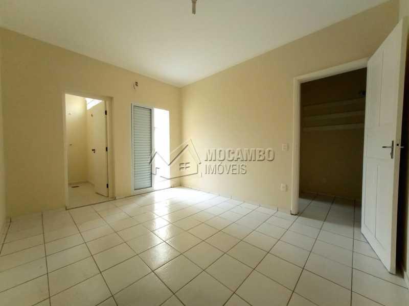 QUARTO 01 - SUÍTE - Casa Comercial para alugar Itatiba,SP Centro - R$ 2.000 - FCCC30018 - 13