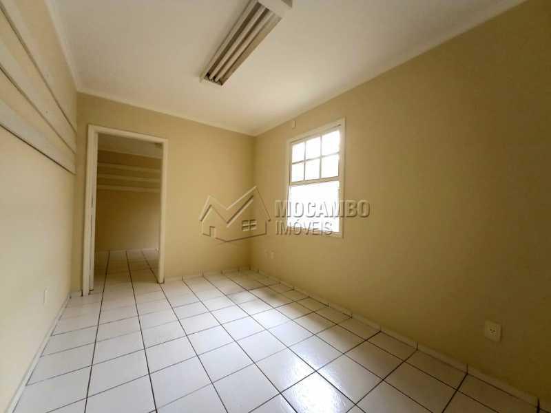 QUARTO 03 - SUÍTE - Casa Comercial para alugar Itatiba,SP Centro - R$ 2.000 - FCCC30018 - 19