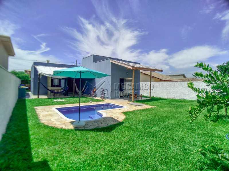 Quintal com área gramada - Casa em Condomínio 3 quartos à venda Itatiba,SP - R$ 600.000 - FCCN30525 - 17