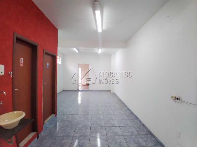 Área Interna - Ponto comercial 200m² para alugar Itatiba,SP - R$ 3.000 - FCPC00078 - 5
