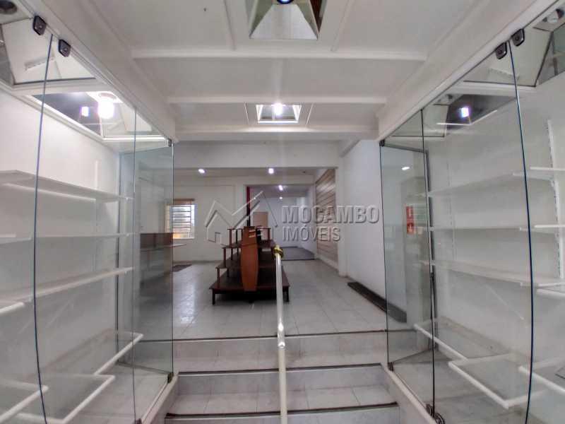 Área Interna - Ponto comercial 200m² para alugar Itatiba,SP - R$ 3.000 - FCPC00078 - 1