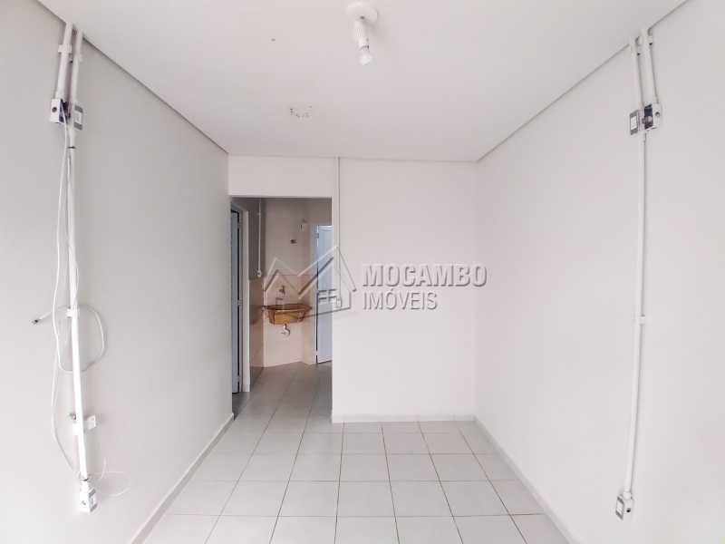 Sala - Casa 1 quarto para alugar Itatiba,SP Centro - R$ 780 - FCCA10311 - 3