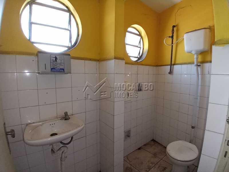Banheiro Social 02 - Ponto comercial 223m² para alugar Itatiba,SP - R$ 2.700 - FCPC00079 - 8