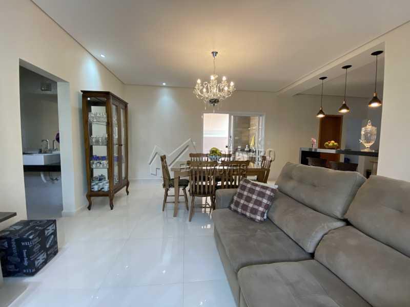 Sala de estar - Casa em Condomínio 3 quartos à venda Itatiba,SP - R$ 901.000 - FCCN30529 - 5