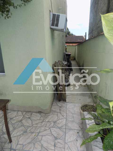 QUINTAL LATERAL - Casa À Venda - Campo Grande - Rio de Janeiro - RJ - V0254 - 4