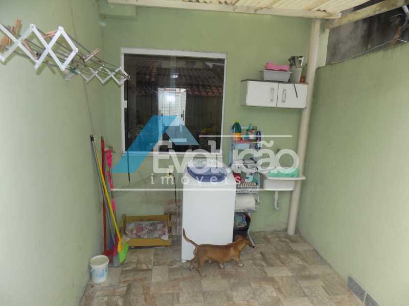 ÁREA DE SERVIÇO - Casa À Venda - Campo Grande - Rio de Janeiro - RJ - V0254 - 14