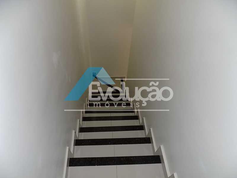 ESCADA - CASA JARDIM SILVESTRE CAMPO GRANDE RJ - V0002 - 29