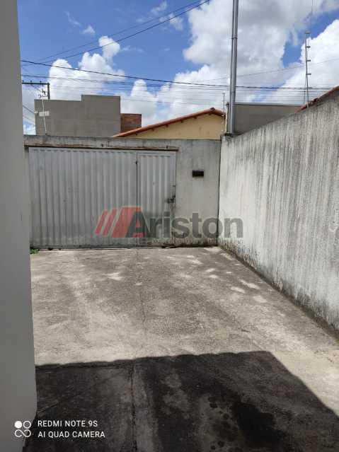 WhatsApp Image 2020-12-28 at 1 - Casa 2 quartos para alugar Liberdade I, Teixeira de Freitas - R$ 500 - AECA20055 - 4