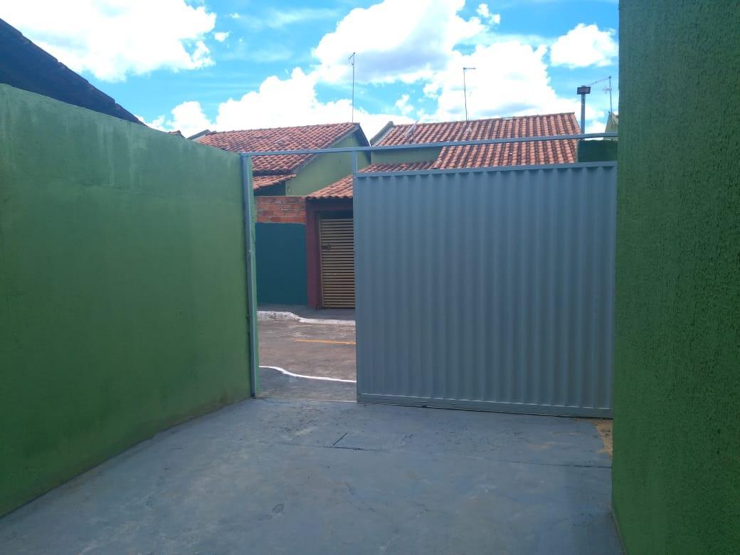 FOTO3 - Casa para alugar Rua Central,Chácaras Santa Luzia, Aparecida de Goiânia - R$ 750 - CA0343 - 4