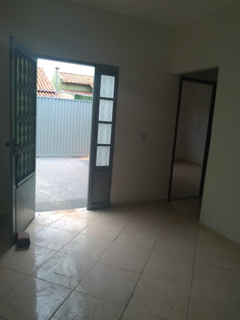 FOTO7 - Casa para alugar Rua Central,Chácaras Santa Luzia, Aparecida de Goiânia - R$ 750 - CA0343 - 8