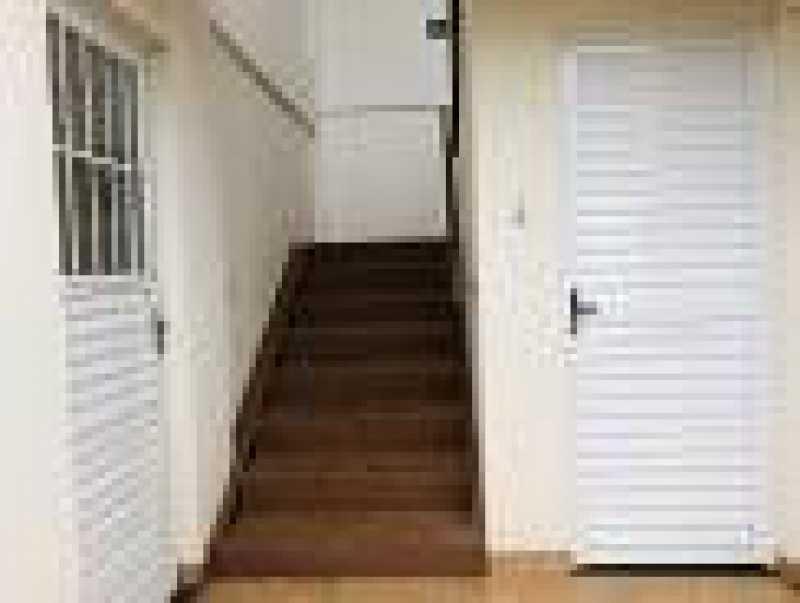 Escada - Apartamento com Área Privativa 3 quartos à venda Parque Industrial Santo Antônio, Aparecida de Goiânia - R$ 140.000 - VIAA30001 - 3