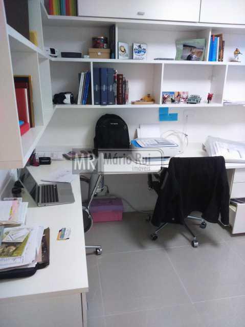 Imagens de Eduardo 200717 308 - Apartamento Estrada dos Bandeirantes,Curicica, Rio de Janeiro, RJ À Venda, 3 Quartos, 72m² - MRAP30037 - 8