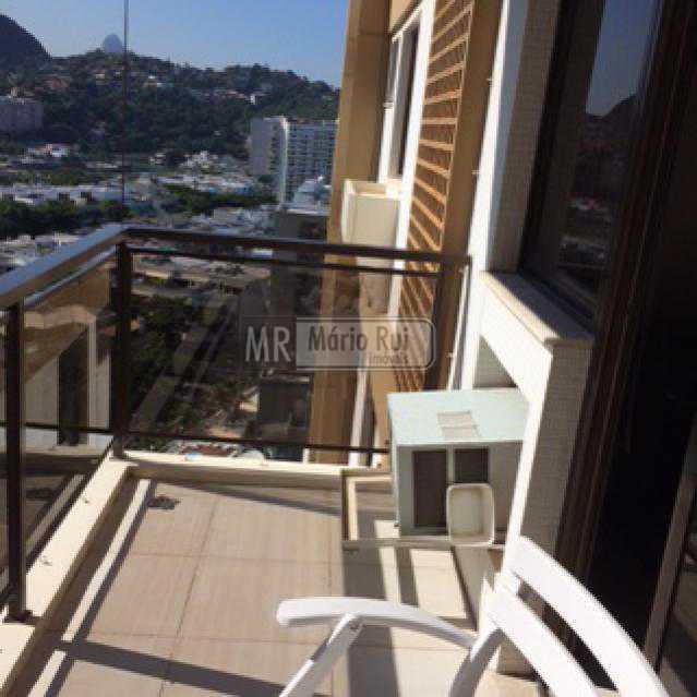 IMG_0560 - Flat à venda Avenida Pepe,Barra da Tijuca, Rio de Janeiro - R$ 800.000 - MRFL10033 - 3