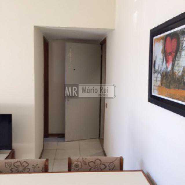 IMG_0563 - Flat à venda Avenida Pepe,Barra da Tijuca, Rio de Janeiro - R$ 800.000 - MRFL10033 - 6