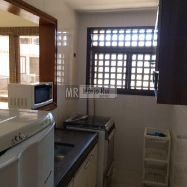IMG_0573 - Flat à venda Avenida Pepe,Barra da Tijuca, Rio de Janeiro - R$ 800.000 - MRFL10033 - 13
