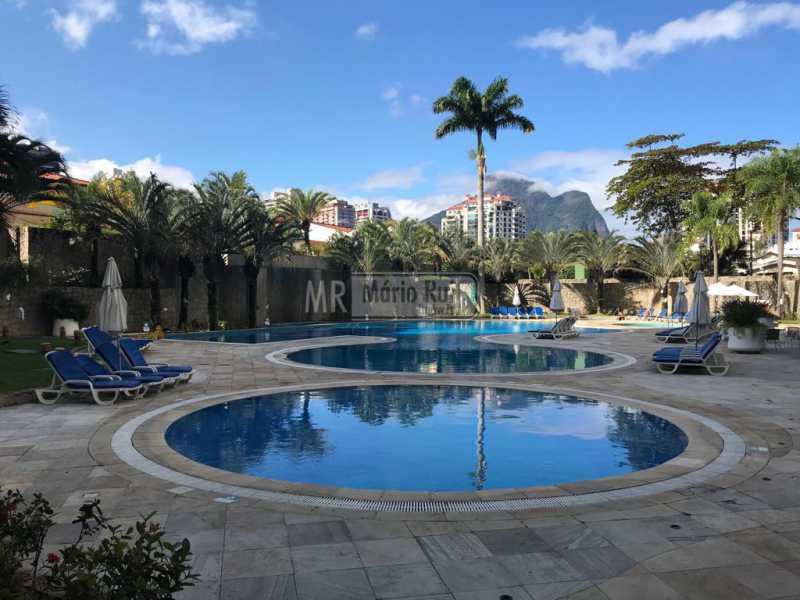 IMG-20180821-WA0013 - Flat Para Venda ou Aluguel - Barra da Tijuca - Rio de Janeiro - RJ - MRFL10036 - 13