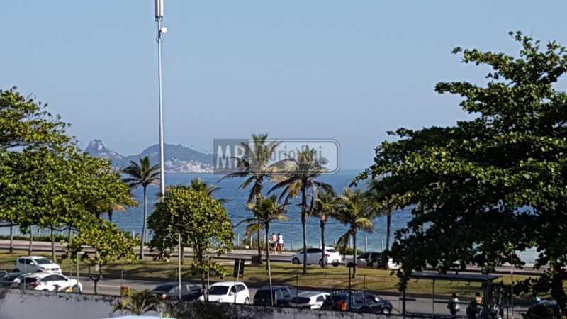 16 - Flat Avenida Lúcio Costa,Barra da Tijuca, Rio de Janeiro, RJ À Venda, 1 Quarto, 56m² - MRFL10044 - 13