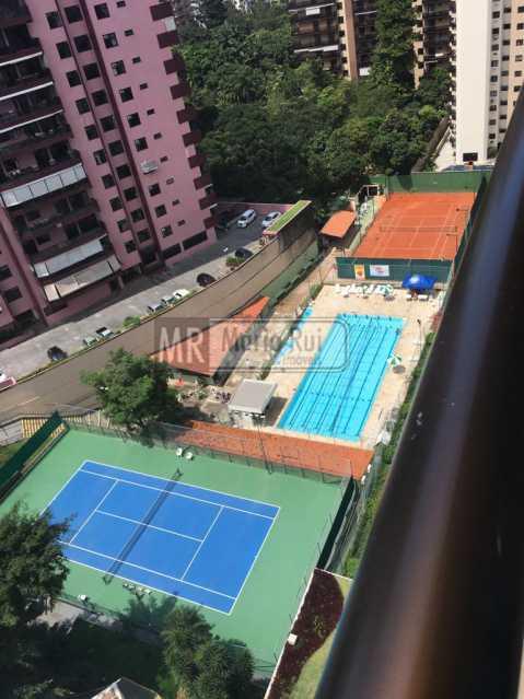 IMG-20181016-WA0016 - Apartamento à venda Avenida Afonso Arinos de Melo Franco,Barra da Tijuca, Rio de Janeiro - R$ 900.000 - MRAP20056 - 13