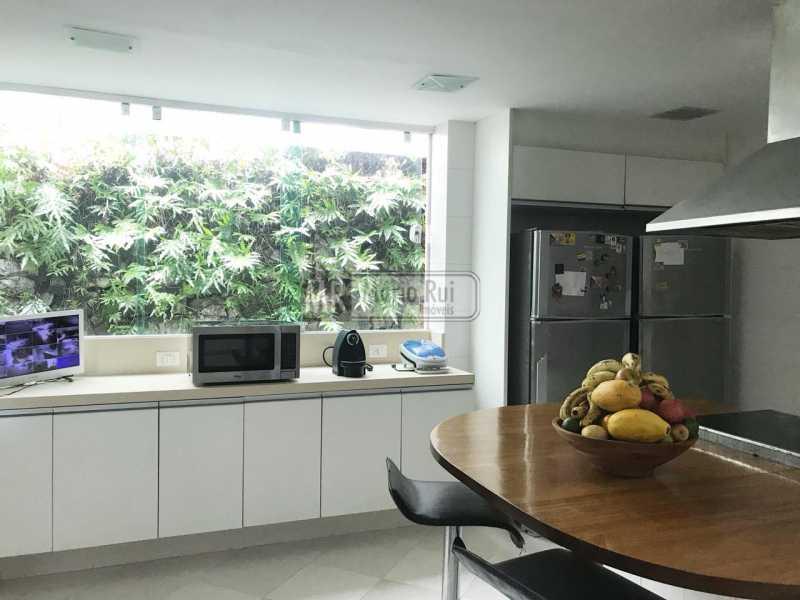 13 - Casa em Condominio À Venda - Itanhangá - Rio de Janeiro - RJ - MRCN50010 - 10
