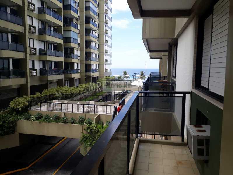 20190314_102437_resized - Apartamento Para Alugar - Barra da Tijuca - Rio de Janeiro - RJ - MRAP10096 - 1
