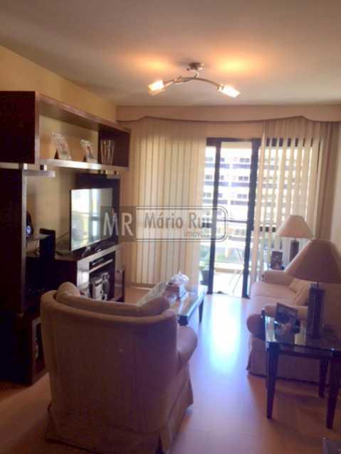 IMG_7193 - Apartamento à venda Avenida Lúcio Costa,Barra da Tijuca, Rio de Janeiro - R$ 550.000 - MRAP10135 - 1