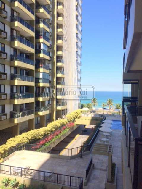 IMG_7202 - Apartamento à venda Avenida Lúcio Costa,Barra da Tijuca, Rio de Janeiro - R$ 550.000 - MRAP10135 - 11