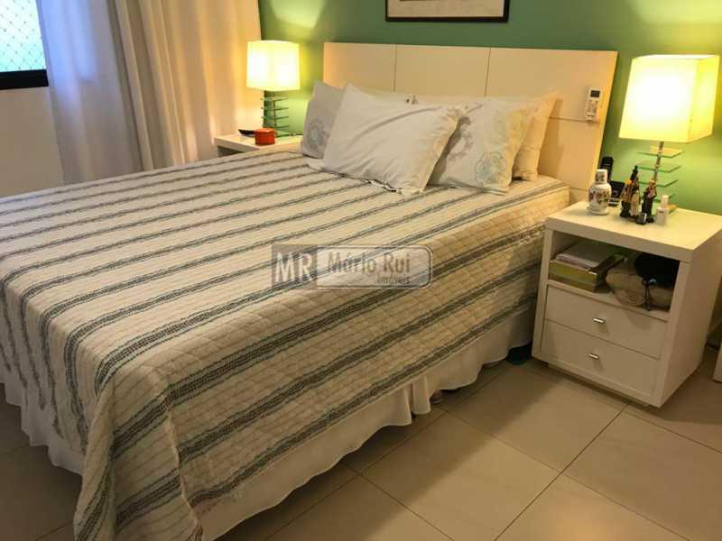 IMG-20201104-WA0045 - Apartamento à venda Avenida Lúcio Costa,Barra da Tijuca, Rio de Janeiro - R$ 1.350.000 - MRAP30073 - 7