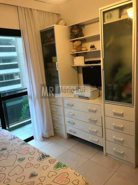 IMG-20201104-WA0048 - Apartamento à venda Avenida Lúcio Costa,Barra da Tijuca, Rio de Janeiro - R$ 1.350.000 - MRAP30073 - 9