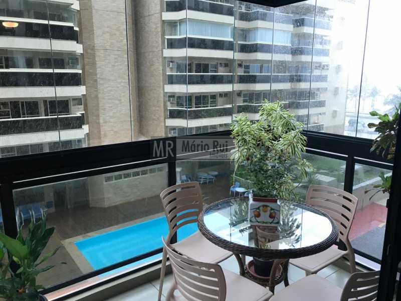 IMG-20201104-WA0053 - Apartamento à venda Avenida Lúcio Costa,Barra da Tijuca, Rio de Janeiro - R$ 1.350.000 - MRAP30073 - 12