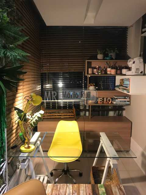 8 - Apartamento à venda Avenida Marechal Henrique Lott,Barra da Tijuca, Rio de Janeiro - R$ 985.000 - MRAP20097 - 6