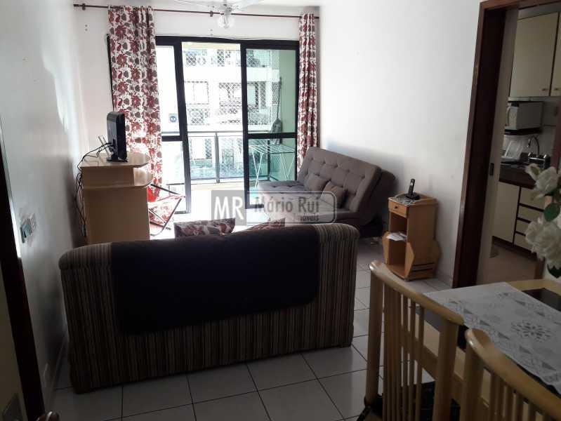 IMG_20210526_151344 - Apartamento à venda Avenida Lúcio Costa,Barra da Tijuca, Rio de Janeiro - R$ 650.000 - MRAP10141 - 1