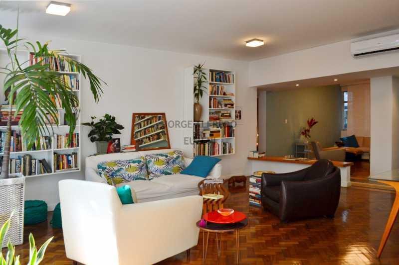 edDSC_0076 - Venha Viver o MELHOR !!! Apto Ipanema,frente,130 m2 Todo reformado por arquiteto. apenas 50 metros da praia.Vista Lateral da praia pela sala e suite,com uma linda amendoeira em frente,3 qtos 1 ste - JAAP30041 - 5