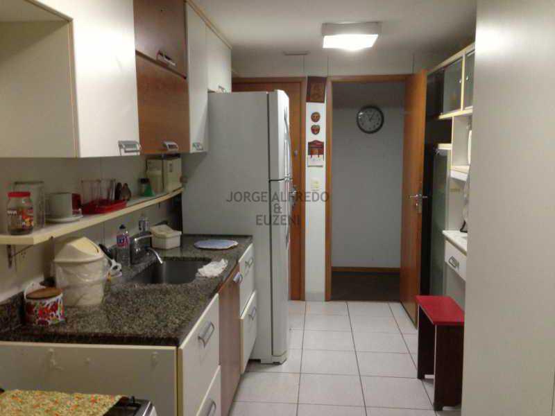 14 cozinha - Vendo Condominio Lagoa Stylus - Avenida Lineu de Paula Machado 3 quartos . Oportunidade!! - JAAP30080 - 15