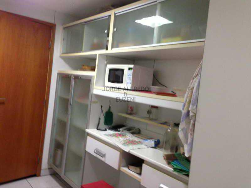 15 cozinha - Vendo Condominio Lagoa Stylus - Avenida Lineu de Paula Machado 3 quartos . Oportunidade!! - JAAP30080 - 16