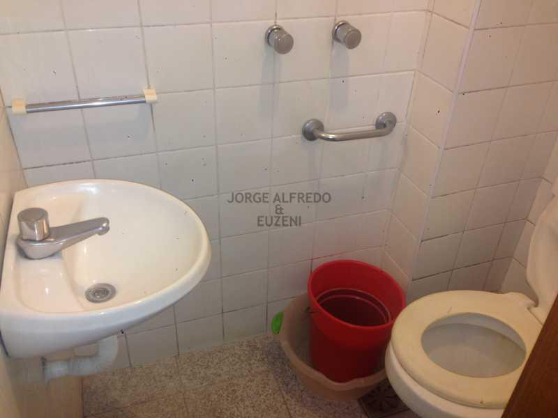 17 banheiro empregada - Vendo Condominio Lagoa Stylus - Avenida Lineu de Paula Machado 3 quartos . Oportunidade!! - JAAP30080 - 18