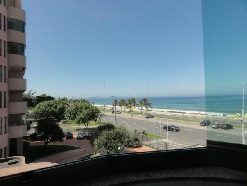 FOTO17 - Apartamento Avenida Lúcio Costa,Barra da Tijuca,Rio de Janeiro,RJ À Venda,3 Quartos,120m² - CA30168 - 17