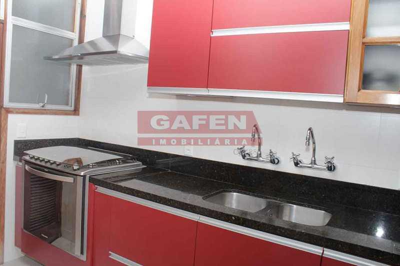 7.Cozinha 2 - Maravilhoso imóvel. Bulhões de Carvalho perto da Rainha Elisabeth. - GAAP40081 - 19