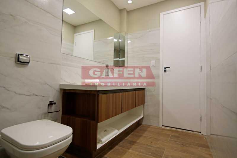 1-banheiro-3-4 - EXCELENTE COBERTURA TRIPLEX DE LUXO TODA REFORMADA NO POSTO 6 DE COPACABANA !!! - GACO60004 - 8