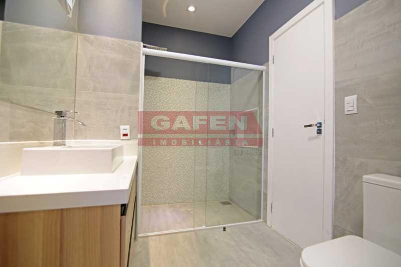 2-banheiro-5 - EXCELENTE COBERTURA TRIPLEX DE LUXO TODA REFORMADA NO POSTO 6 DE COPACABANA !!! - GACO60004 - 16