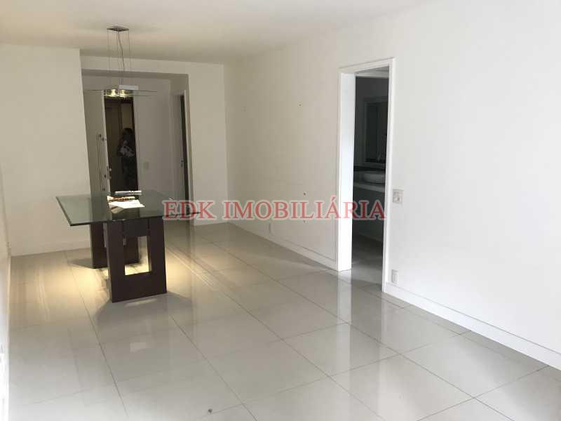 Foto 02-06-17 10 47 17 - Apartamento 2 quartos para alugar Barra da Tijuca, Rio de Janeiro - R$ 2.900 - A10 - 3