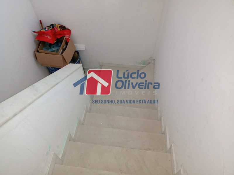 29 Escada acesso ao terraço - Casa à venda Rua Comandante Coelho,Vista Alegre, Rio de Janeiro - R$ 550.000 - VPCA30087 - 29