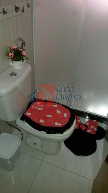 Banheiro ang.2. - Casa Rua Manuel Machado,Vaz Lobo,Rio de Janeiro,RJ À Venda,2 Quartos,69m² - VPCA20165 - 12