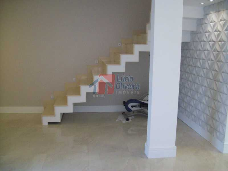 escada para 2°  piso - Casa À Venda - Vila da Penha - Rio de Janeiro - RJ - VPCA40030 - 16