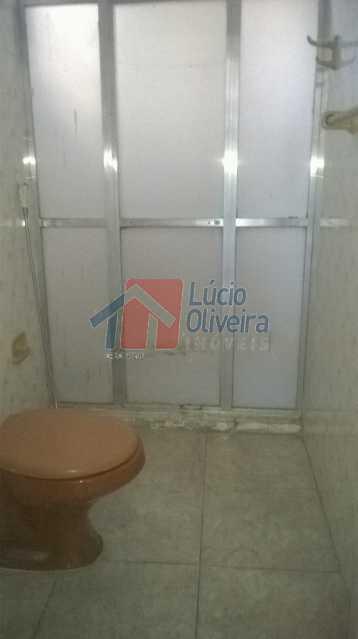 9 Banheiro Social - Apartamento Padrão, 2 quartos. Vazio. - VPAP20808 - 10