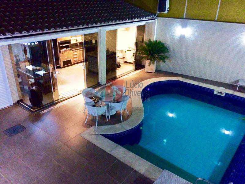 20 piscina iluminada - Magnífica Residência, 3qtos(sendo 1 suíte). Ac. Financiamento - VPCA30124 - 22